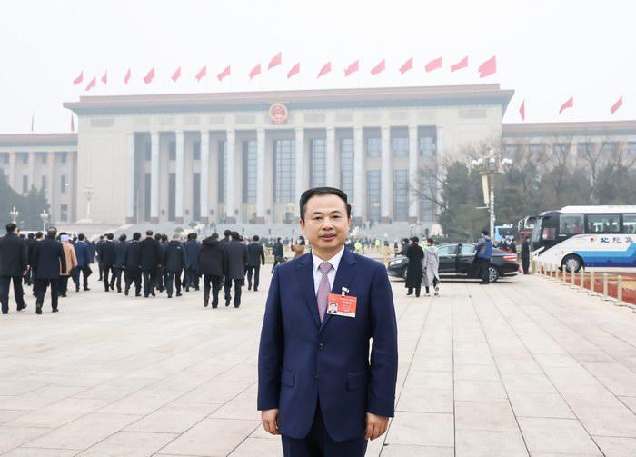 全国人大代表、天能控股集团董事长张天任参加十三届全国人大四次会议