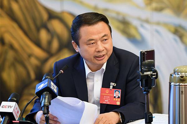 全国人大代表、德赢vwin手机客户端集团董事长接受媒体采访